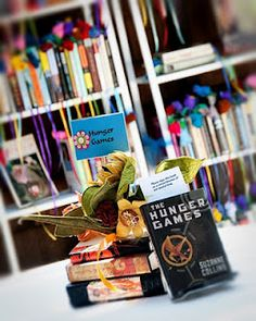 Centerpieces based on your favorite books. I love this idea.