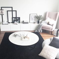 Justine Ash works her magic styling up this beautiful living area using Yorkelee wall art prints from our new premium range.