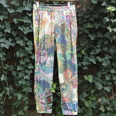 NWT Ivy Jane Paisley Print Pants XS 100% Polyester, two pocket front, elastic waist and ankle. Fits a small also. Ivy Jane Pants