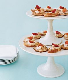 Cake Stand as Appetizer Server    To cut down on waiting time for hors d'oeuvres, stack a small cake stand on top of a larger one to increase your surface area for canapés or crudités and free up precious table space.