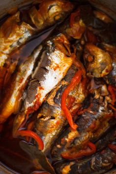 Sardines, pressure cooked in olive oil, tomatoes, pepper, garlic and onions Pressure Cooking, Cheesesteak, Onions, Olive Oil, Tomatoes, Cooker, Garlic, Stuffed Peppers, Fish