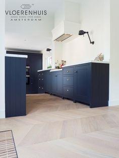 Amazing and Creative Designs by HAO Design Black Kitchen Island, Blue Kitchen Cabinets, Kitchen Cabinet Design, New Kitchen Interior, Amsterdam, Modern Classic Interior, White Oak Floors, Quality Kitchens, Custom Cabinetry