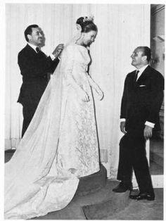 Balmain  princess anne of france weddingdress   1966