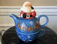 Paul Cardew Designed Christmas Santa 2 Cup Tea For One Purple Iris, Purple Roses, Green And Gold, Blue And White, English Teapots, Dragon Tea, Eye Pattern, Tea For One, Dragon Pattern