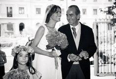 http://casildasecasa.vogue.es/2014/03/17/la-boda-de-antonio-y-conchita-en-alicante/