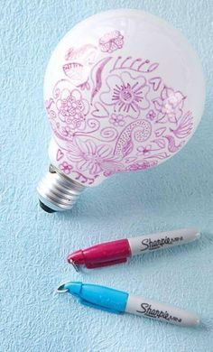 Draw on a light bulb to make designs on your walls when you turn the lights on - #LifeHack