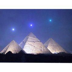 Egyptian pyramids & stars.