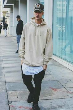 Find images and videos about justin bieber, justin and bieber on We Heart It - the app to get lost in what you love. Justin Bieber 2015, Justin Bieber Outfits, Justin Bieber Style, Justin Bieber Photos, Justin Bieber Fashion, Justin Bieber Dress, Swag Style, Yeezy Fashion, Mens Fashion