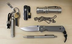 Each week we'll show you an everyday carry – a small selection of tools, gadgets, and gear carried daily to cope with a variety of situations – worthy of a few minutes of your attention.