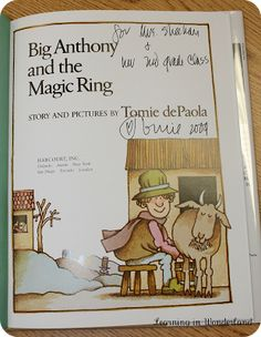Tomie dePaola Study: Get signed books from Tomie dePaola!