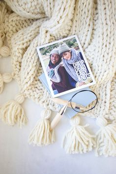 DIY: How to make yarn tassels | Design The Life You Want To Live | Lynne Knowlton.com