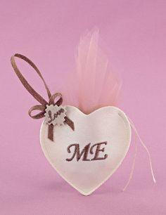 Μπομπονιέρα Γάμου Καρδιά Δερματίνης με Τούλι Σάπιο Μήλο