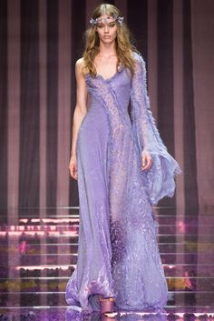 Atelier Versace Fall 2015 Couture Fashion Show - Lara Stone