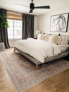 15 Modern Bedroom Interior Design Ideas That Make You Look Twice Farmhouse Master Bedroom, Master Bedroom Design, Home Decor Bedroom, Bedroom Furniture, Bedroom Ideas, Master Suite, Bedroom Designs, Bedroom Curtains, Bedroom Inspiration