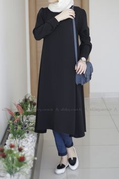 Simple everyday Outfit Hijab Casual, Hijab Chic, Islamic Fashion, Muslim Fashion, Modest Fashion, Hijab Elegante, Estilo Abaya, Mode Outfits, Fashion Outfits