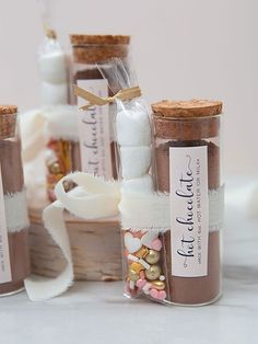 These are the most adorable hot chocolate favors ever! Hot Chocolate Favors, Hot Chocolate Mix, Chocolate Lovers, Unique Wedding Favors, Unique Weddings, Diy Wedding, Fancy Sprinkles, Chocolate Powder, Mini Marshmallows
