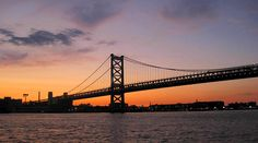 Looking for a romantic date idea in #Philly? Check out a relaxing night sail as you watch the sunset over the glittering city skyline