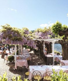 Travel Inspiration - Weekday Wanderlust | Places: Italy with @annbalakhnova