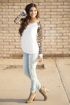 Leopard Sleeve Sweater – Boutique Amore`