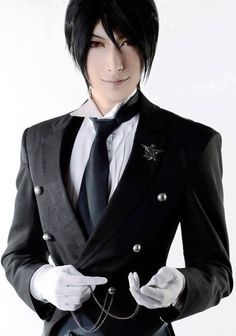 EPIC Cosplay of Sebastian of Black Butler.