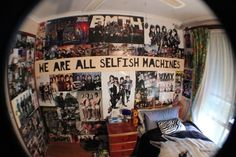 love the ptv quote on the wall <3