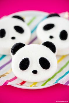 Kids will love these handmade panda bath bombs! Bath bombs are easy to make and can be customized in fun shapes, colors and scents.These DIY Panda Bath Bombs are great for kids and panda bear fans.
