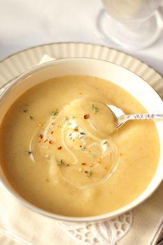 Pear Potato Soup | ReluctantEntertainer.com