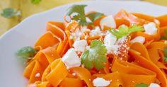 Recette de Tagliatelles de carottes à la feta (I.G. bas). Facile et rapide à réaliser, goûteuse et diététique. Ingrédients, préparation et recettes associées.