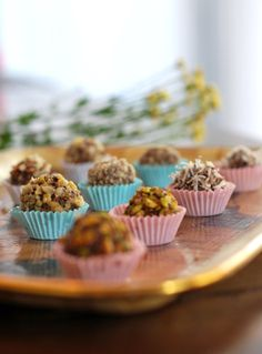 Brigadeiro dem acucar 6 Low Carb Recipes, Healthy Recipes, Lactose Free, Sin Gluten, Creative Food, Chocolate Recipes, Food For Thought, Sugar Free, Bakery