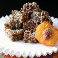 Brown Butter Peach Muesli Bars by Nutmeg Nanny