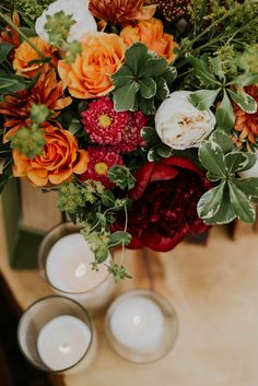 fall-toned wedding bouquet | Image by Gaetz Photography