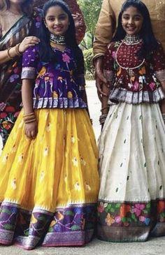 Indian Dresses For Kids, Kids Indian Wear, Kids Ethnic Wear, Dresses Kids Girl, Girls Frock Design, Long Dress Design, Kids Dress Wear, Kids Gown, Baby Frocks Designs