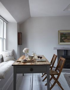 Décor Inspiration | A Coastal Cottage in Cornwall, England