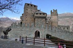 Castello di Fenis - Valle d'Aosta - Italia
