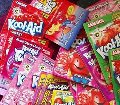 Kool-Aid is a diet staple in the hot summer months, but did you know you can dye your hair with Kool-Aid hair color? Kool Aid Hair Dye, Just In Case, Just For You, Temporary Hair Dye, Dying Your Hair, Slurpee, Kairo, Food Dye, Color Your Hair