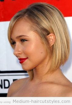 medium to short haircuts for round faces (2)