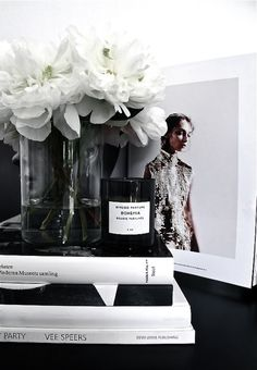 Adding a byredo candle to any photo makes it that much classier. Decoration Inspiration, Interior Inspiration, Decor Ideas, Work Inspiration, Interior Ideas, Fashion Inspiration, Black And White Interior, Black White, Black And White Books