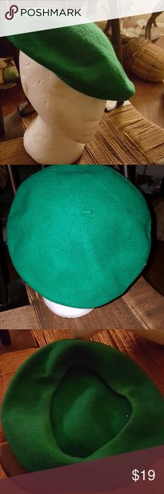 Wonderful wool beret No tags but I have sold enough of these to know that this is well. One size. The second picture is with a flash which is why it looks brighter. It is a true kelly green. Beautiful little hat. Mine Accessories Hats