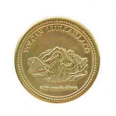 SALTA MEDALLA DE RECUERDO(Anverso medalla: Killallaw) objeto de ajuar de los niños del Llullaillaco. Museo de Arqueología de Alta Montaña
