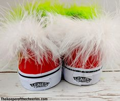 DIY Grinch Shoes - The Keeper of the Cheerios Grinch Shoes, Grinch Mask, Christmas Diy, Christmas Stuff, Diy Clothes, Crafts, Manualidades, Christmas Things, Diy Clothing