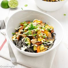 Black bean spaghetti recipe - this meal is quick to prepare, low carb, fresh, light and a little spicy.