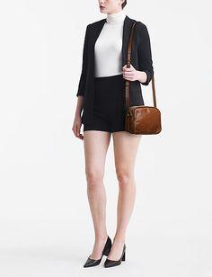 Klikk her for å se og kjøpe Royal RepubliQ Essential Eve Bag (Cognac) på Boozt.com - til 960 kr. Ny kolleksjon fra Royal RepubliQ! Rask levering, enkel retur og sikker betaling. Royals, Essentials, Bags, Fashion, Handbags, Moda, Fashion Styles, Fashion Illustrations, Royalty