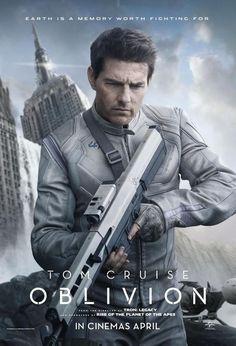 Tom Cruise, Olga Kurilenko, Andrea Riseborough