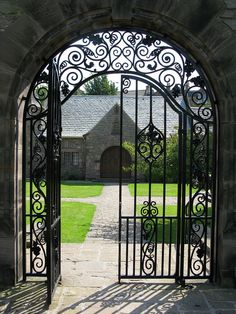 Reid Memorial Church 25.07.08 by McGregor Bowes, via Flickr. Wrought iron gates at entrance to courtyard.