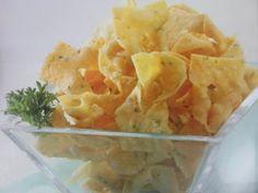 ONIONS CRISPY CHIPS RECIPE – Many people like crispy chips. It seems to be favorite snacks of many people. Cake Recipes, Snack Recipes, Cooking Recipes, Crispy Chips, Indonesian Cuisine, Indonesian Recipes, Chips Recipe, Savory Snacks, Food Hacks