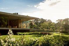 Assinatura de Márcio Kogan na casa de campo - Casa Vogue | Casas
