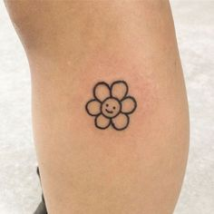 Hand Tattoos, Dope Tattoos, Finger Tattoos, Body Art Tattoos, Tattoo Drawings, Tatoos, Hand Poked Tattoo, Easy Drawings, Pencil Drawings
