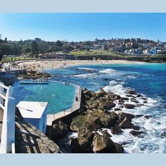 B R O N T E  O C E A N  P O O L- perfect weather perfect beaches and perfect water make for typical summer day in Sydney.  ______________________________________________ #surf #surfing #surfboard #surfboards #quiver #elnino #swell #travel #home #beach #sydney #bondi #bondibeach #bonditobronte #bronte #ocean pool #topangacanyon #topanga #topangabeach #malibu #venicebeach #ventura #santabarbara #australia #byronbay #goldcoast #nsw #torquay #bellsbeach #margiespro by freerangesurf…