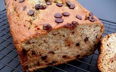 Chocolate Chip Banana Bread - http://bestweightwatchers.com/chocolate-chip-banana-bread/