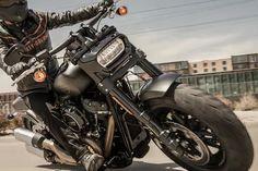 Harley Bikes, Harley Davidson Motorcycles, Harley Davidson Fat Bob, Classic Bikes, Japan, Vehicles, Motorcycle Garage, Motorcycles, Okinawa Japan